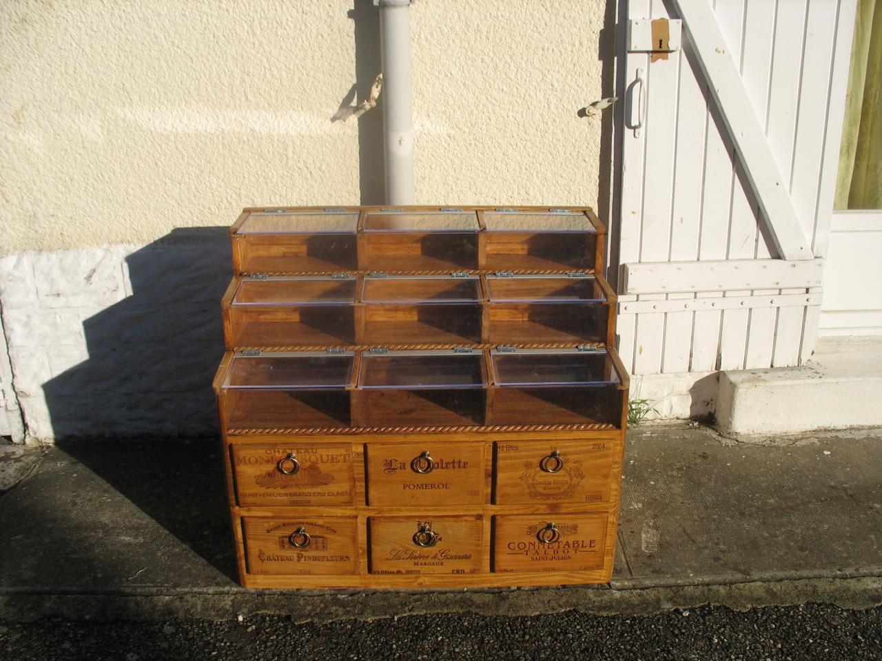 Le devant de meuble vitrine pour magasin confiserie - Meubles pour magasin ...